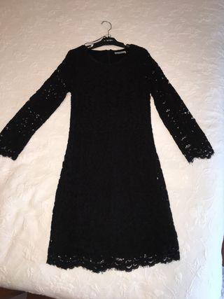 Vestido encaje elástico Zara T/S negro