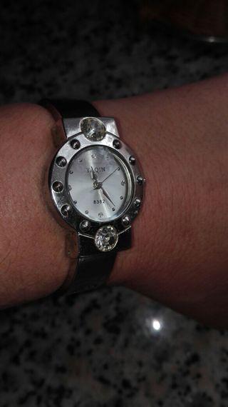 reloj pulsera, precioso