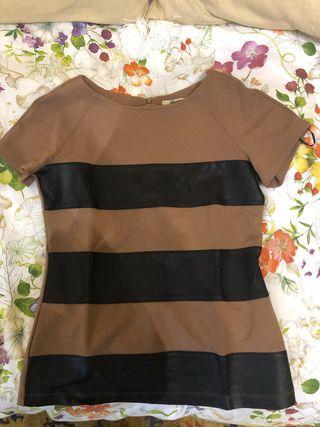 Camiseta marron stradivarius