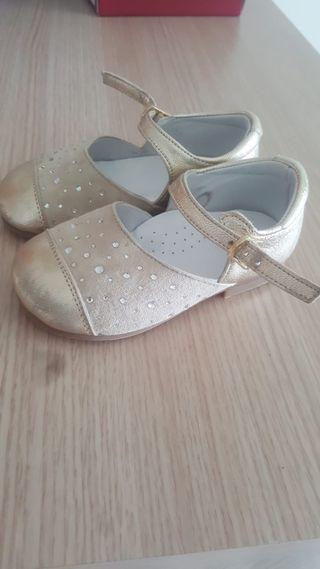 zapatos talla 21 muy nuevos