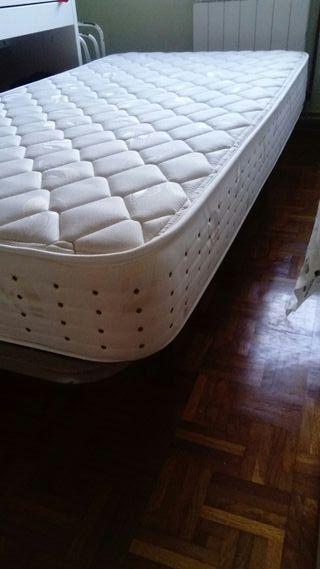 Chollazo. somier y colchón de 90.