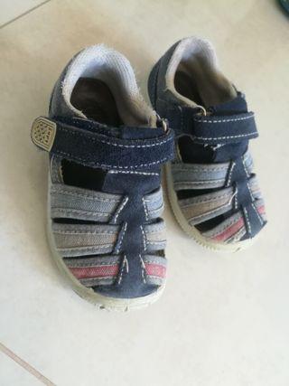 zapatos número 21