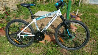 Bicicleta Rockrider Junior 5.2 24''
