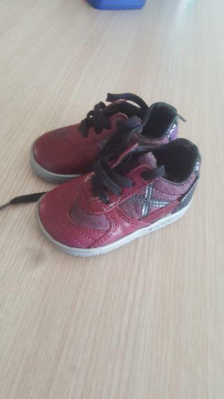 zapatos Munich talla 19 muy nuevos