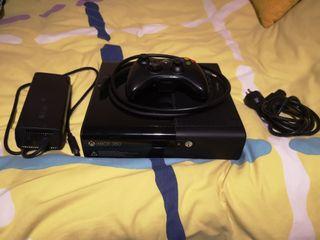Xbox 360 + 4 juegos