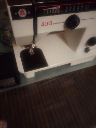 maquina cosir marca alfa