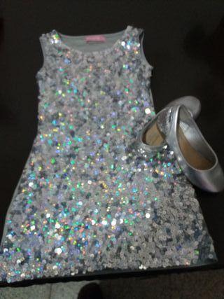 Conjunto de vestido talla 6 o 7 y zapatoz num 27
