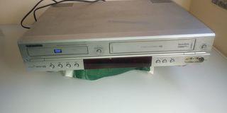 video VHS y lector de CD