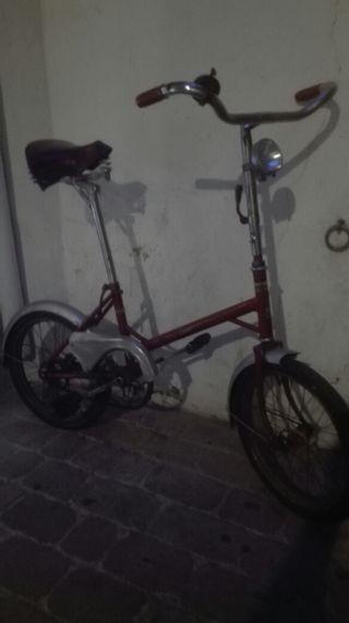 Bicicleta antigua (coleccion)