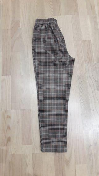 pantalon cuadros stradivarius talla s