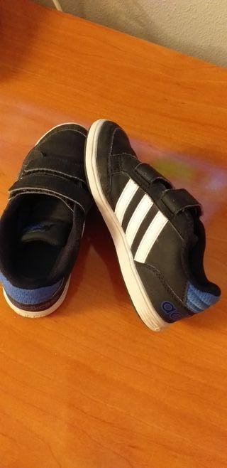 zapatillas niño Adidas talla 30