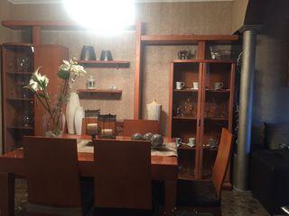 Mueble comedor i mesa i seis sillas