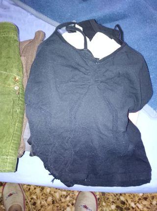 2 camisetas, una de tirantes y otra manga larga