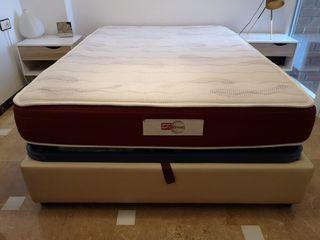 Canapé de 1,35 × 1,90 y colchón Pikolin de regalo.