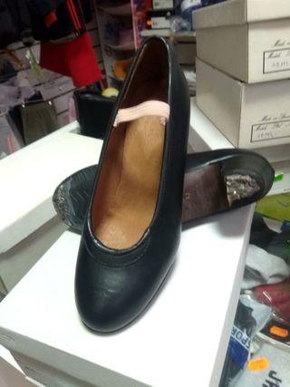 zapatos sevillana