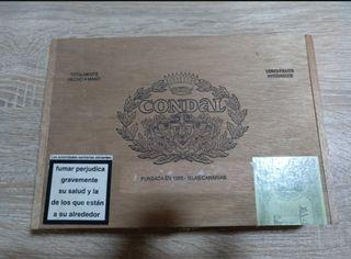 Caja de puros Condal vacía