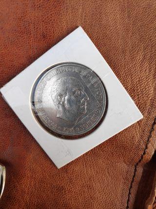 Moneda 100 pesetas Franco de plata 1966