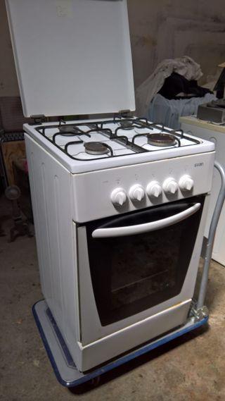 COCINA SVAN SVK 5505 DE GAS