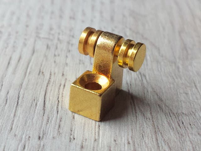 GUÍA DE CUERDAS GUITARRA COLOR GOLD