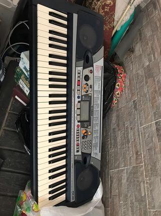 teclado yamaha. PSR 280