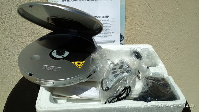 reproductor de cds portátil Roadstar