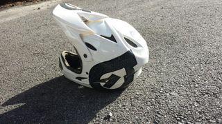 casco integral de bicicleta
