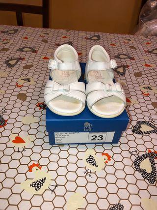 Sandalia piel niña número 23 marca oh my toe