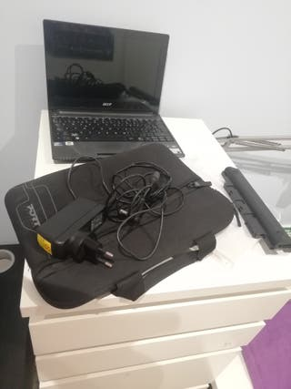 Netbook Acer Aspire one D260