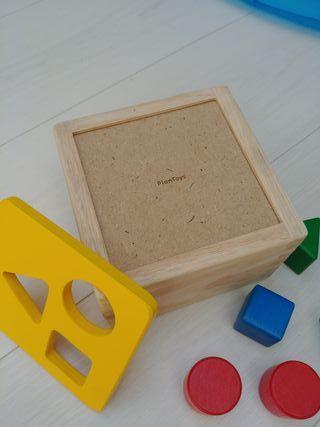 Juguete encajable de madera