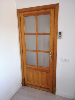 Puertas y ventana de Madera de Norte