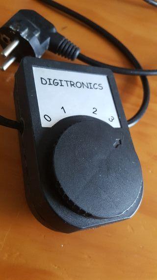 Selector 220v / 3 circuitos Digitronics AC / AC