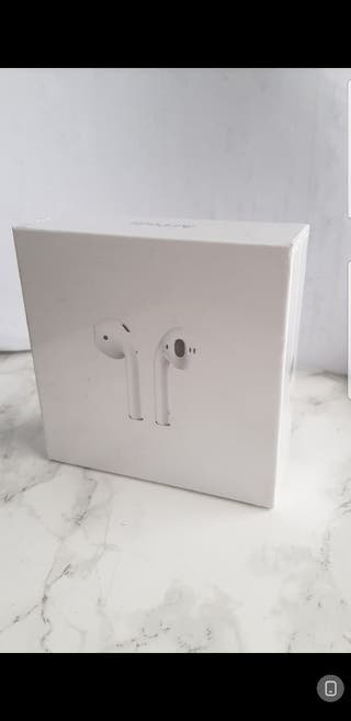 SEALED Apple Airpods