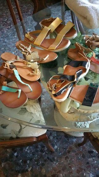 muchas sandalias talla 39 de distintos precios de