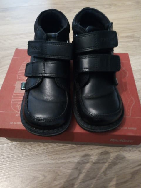 Kickers (children) Size 10