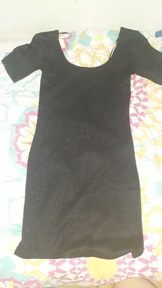 Vestido negro con brillo
