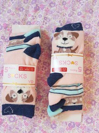 10 calcetines de perritos SIN ESTRENAR. N° 26-30