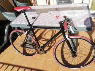 bicicleta fixie de ciudad