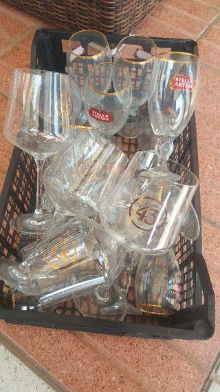 jarras de 0,4 y 0,5 y copas para combinado