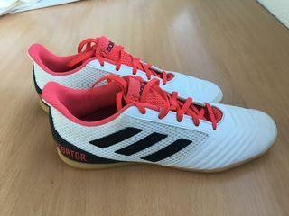 La De Provincia Mano Segunda En Botas Adidas Fútbol Predator LzjMSpVqUG