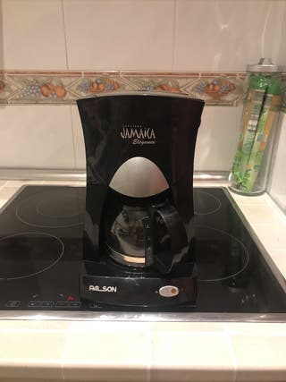 Cafetera eléctrica JAMAICA incluye jarra