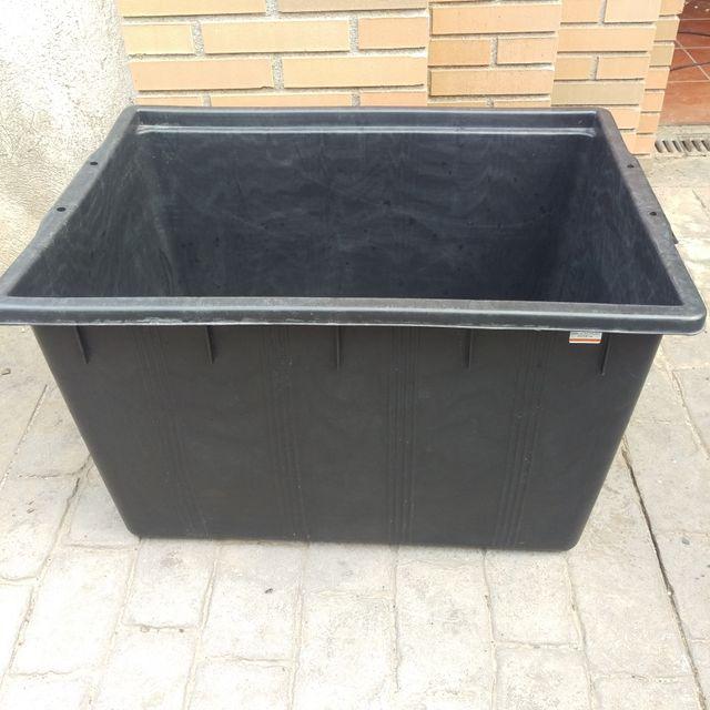 Depósito rectangular 180 litros
