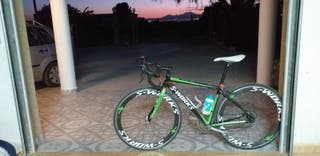 bicicleta de carretera ( S-works )