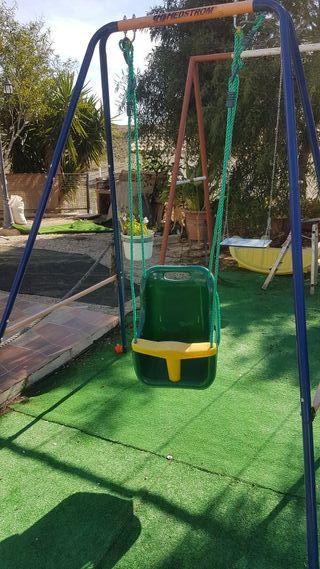 Columpio de jardin infantil