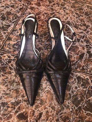 084e3128 Zapatos para mujer cómodos de segunda mano en Lleida en WALLAPOP