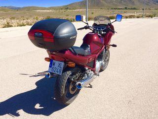Yamaha XJ 900 diversion
