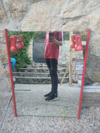 Espejo rojo