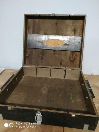 maletín antiguo