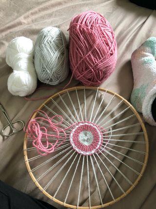Round weave decor