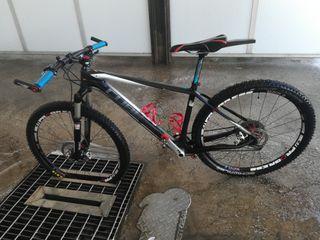 Bicicleta de 27.5 talla M Carbono