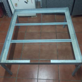 Mesa soporte para bandeja gris de 100x110cm